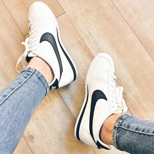 NWT Nike Classic Cortez Leather